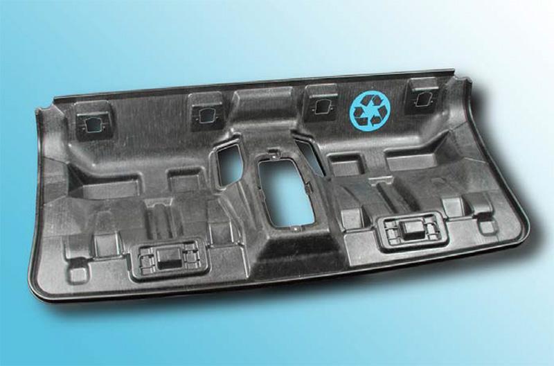Hintersitzschale des BMW i3 aus Carbonsfaser-Recycling Material