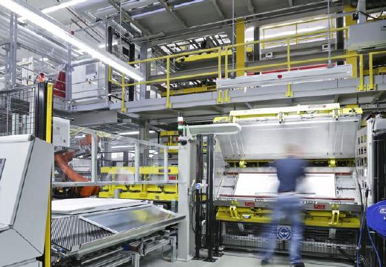 Die neue Fertigungslinie für Kühl- und Gefriergeräte der Firma BSH Hausgeräte GmbH in Giengen