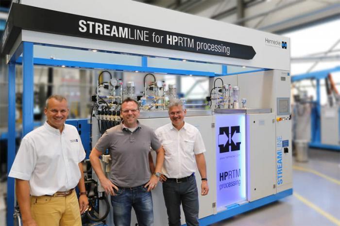 3K-STREAMLINE-Dosiermaschine im Hennecke-TECHCENTER: Hennecke investiert in die Zukunft von Faserverbundbauteilen